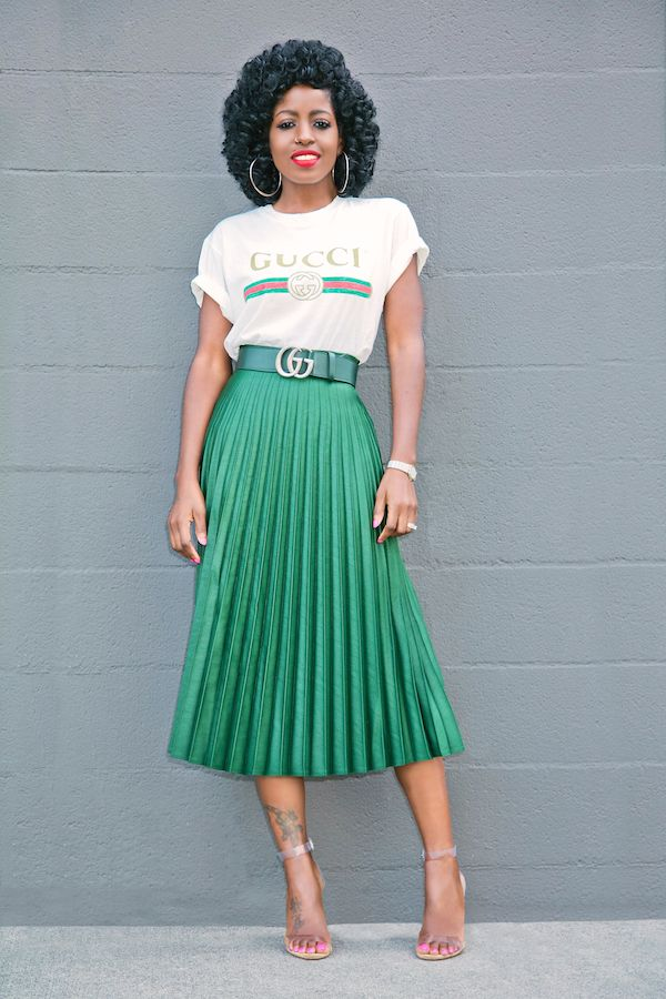 9ab447c51 Logo Print T-Shirt + Pleated Midi Skirt   My Style in 2019   Fashion ...