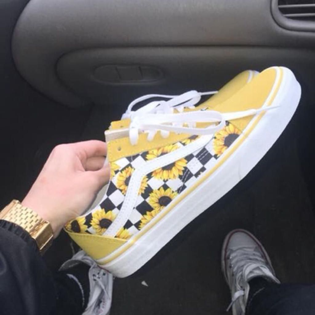 Yellow Vans with Sunflowers | @giftryapp | Custom vans shoes