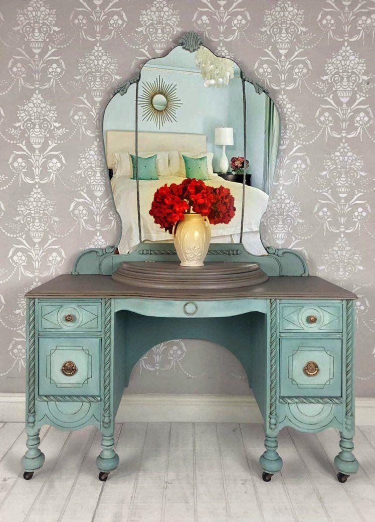 Painted Vintage Desk Makeup Vanity Dressing Table In Tampa Florida Furniture Painted Furniture Furniture Vanity