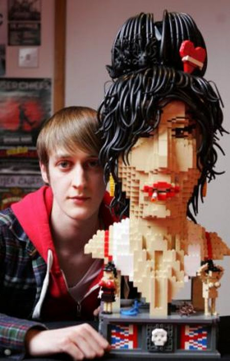 Holy crap. someone made Amy Winehouse out of legos.