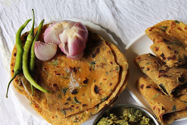 Gujarati thepla recipe fancy food pinterest recipes rotis gujarati thepla recipe forumfinder Images