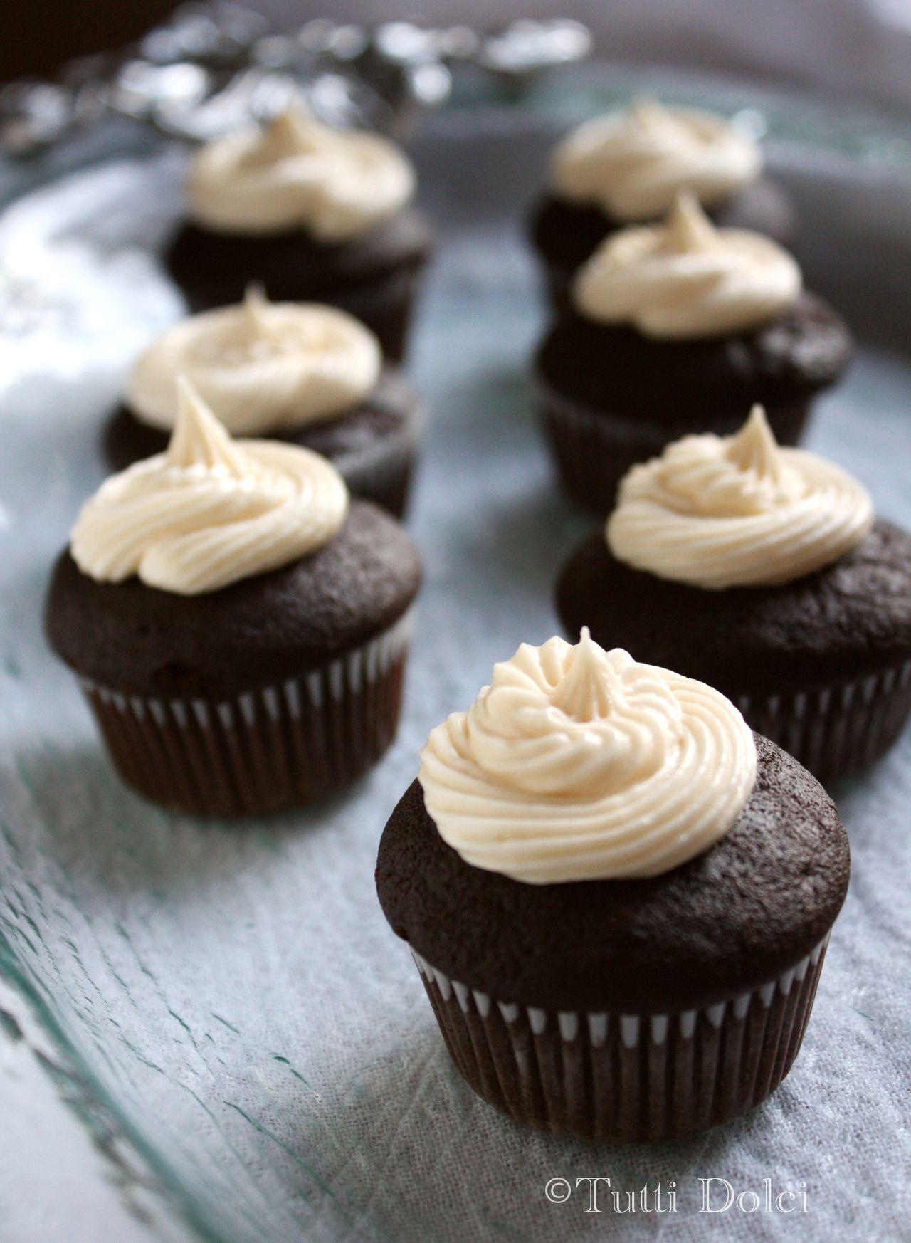 devil's food cupcakes with dulce de leche buttercream