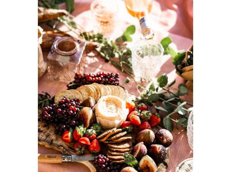 Wedding Food Galore From Canapes To Desserts One Of The Most Significant Expenses Of Your Wed Healthy Road Trip Food Road Trip Food Healthy Road Trip Snacks