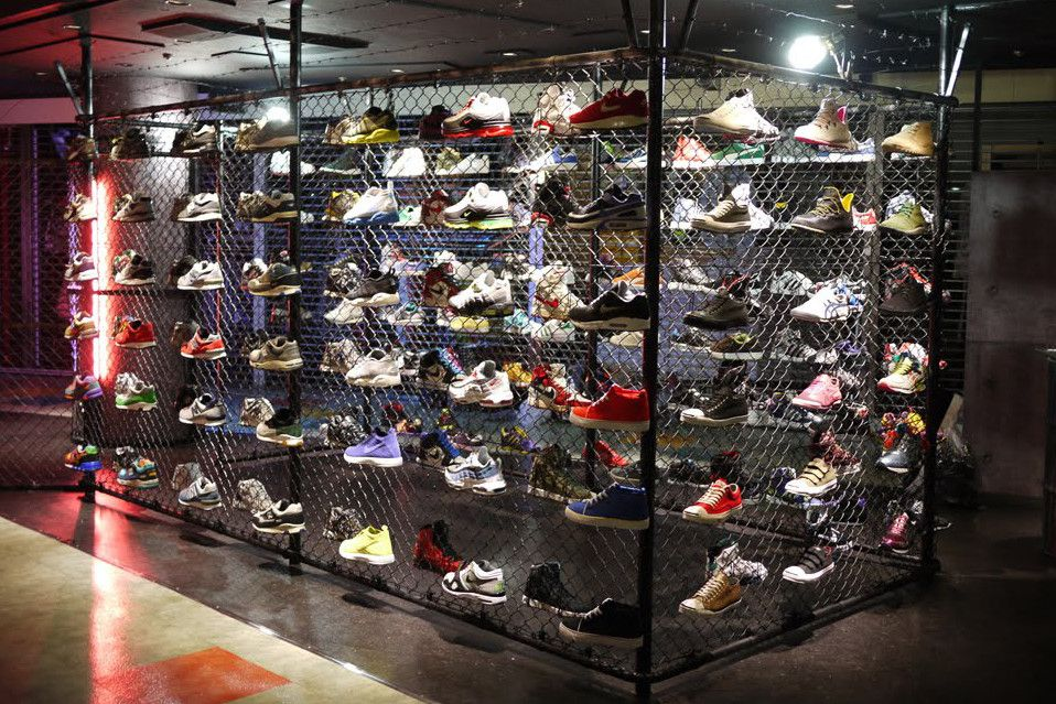 outlet store cc460 883c1 2016 Guide to Tokyo's Sneaker Stores | Sneaker stores in ...