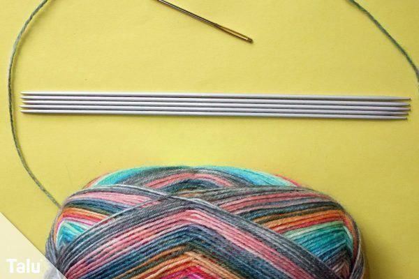 Photo of Knit baby socks – Instructions for baby socks with boomerang heel – Talu.de