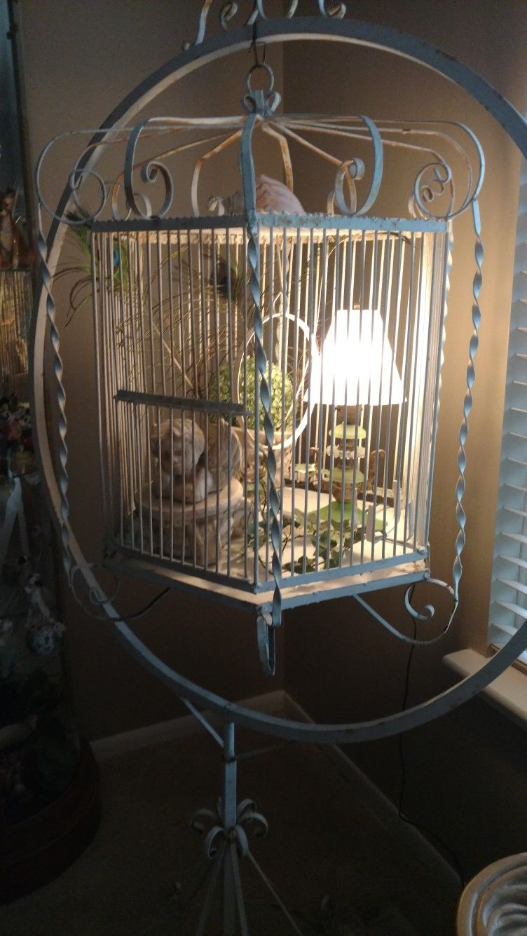 pin by brenda kucinskas on bird cages pinterest antique bird rh pinterest com au