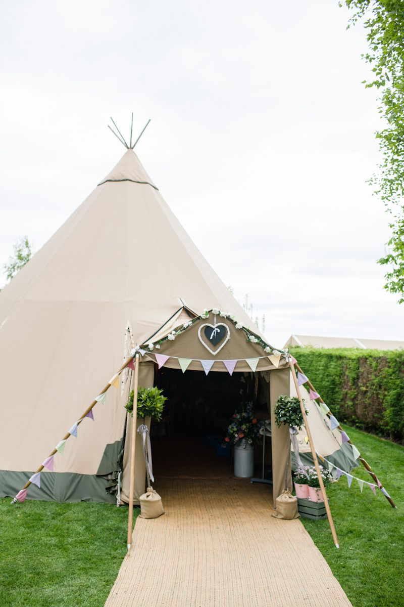 A Tipi In The Garden is part of garden Wedding Entrance - Back to the wedding report