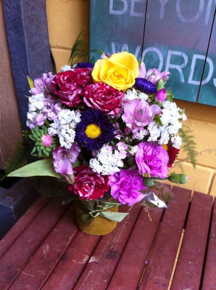 Marvellous Maria Flower arrangements, Little flowers