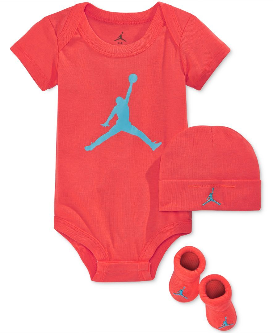 Start his sporty looks with the vibrant pieces in this three-piece Jordan set, featuring a jumpman-adorned hat, bodysuit and booties. | Hat and bodysuit: cotton; booties: cotton/polyester/spandex | Ma