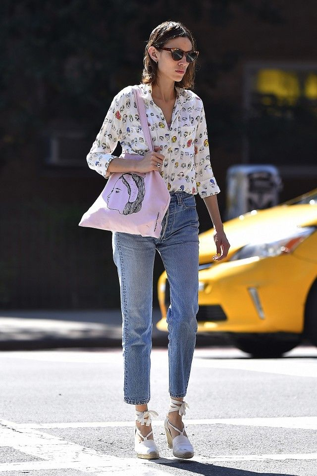 dfd5b8edd63 On Alexa Chung  Stella McCartney top  Gucci sunglasses. Alexa Chung dressed  up a casual-cool combination of a printed button-down and high-waisted jeans  ...