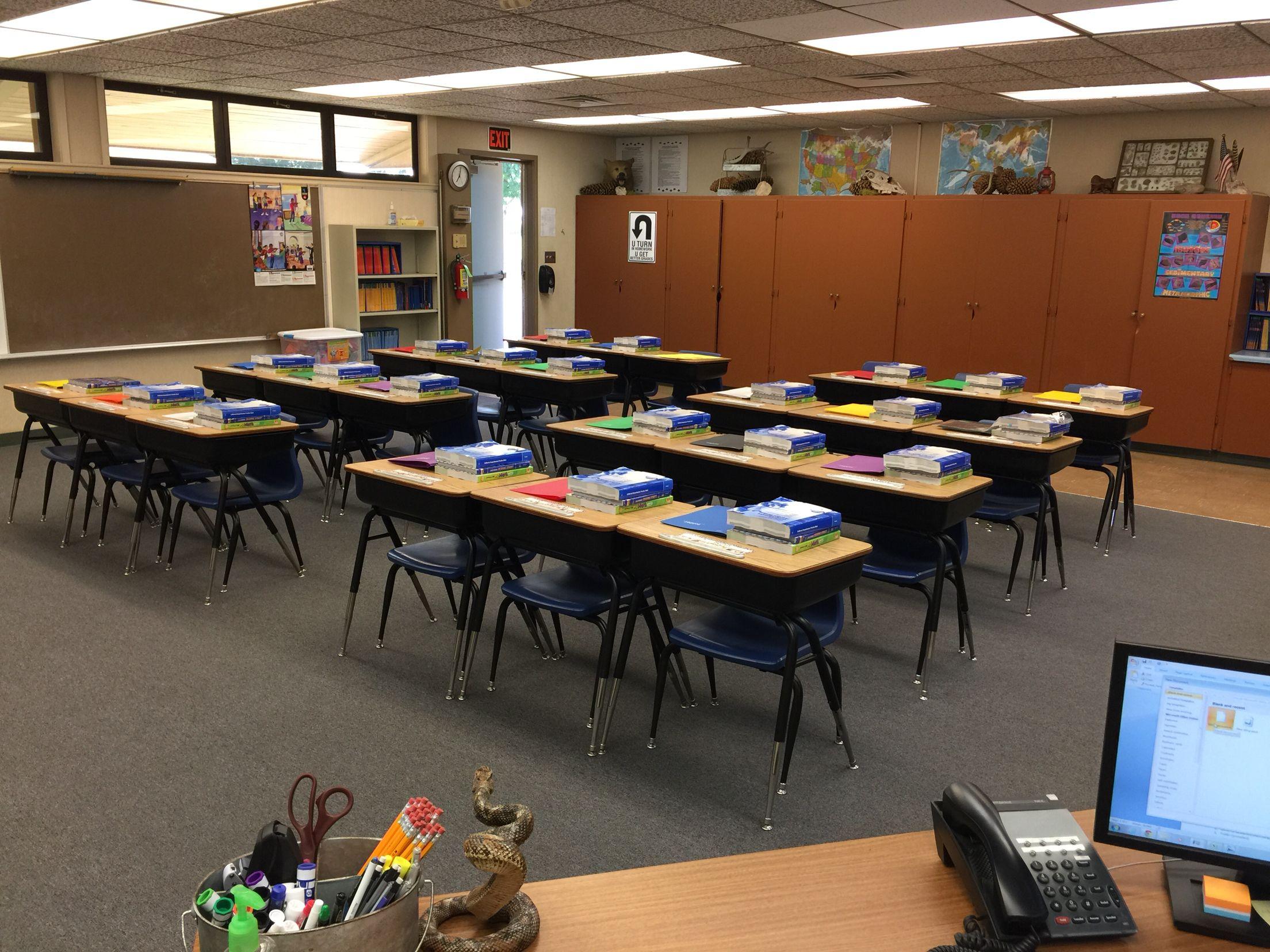 Male Teacher Classroom Decor 4th Grade Fourth Grade Teacher Classroom Decorations Classroom Desk Arrangement Teacher Classroom