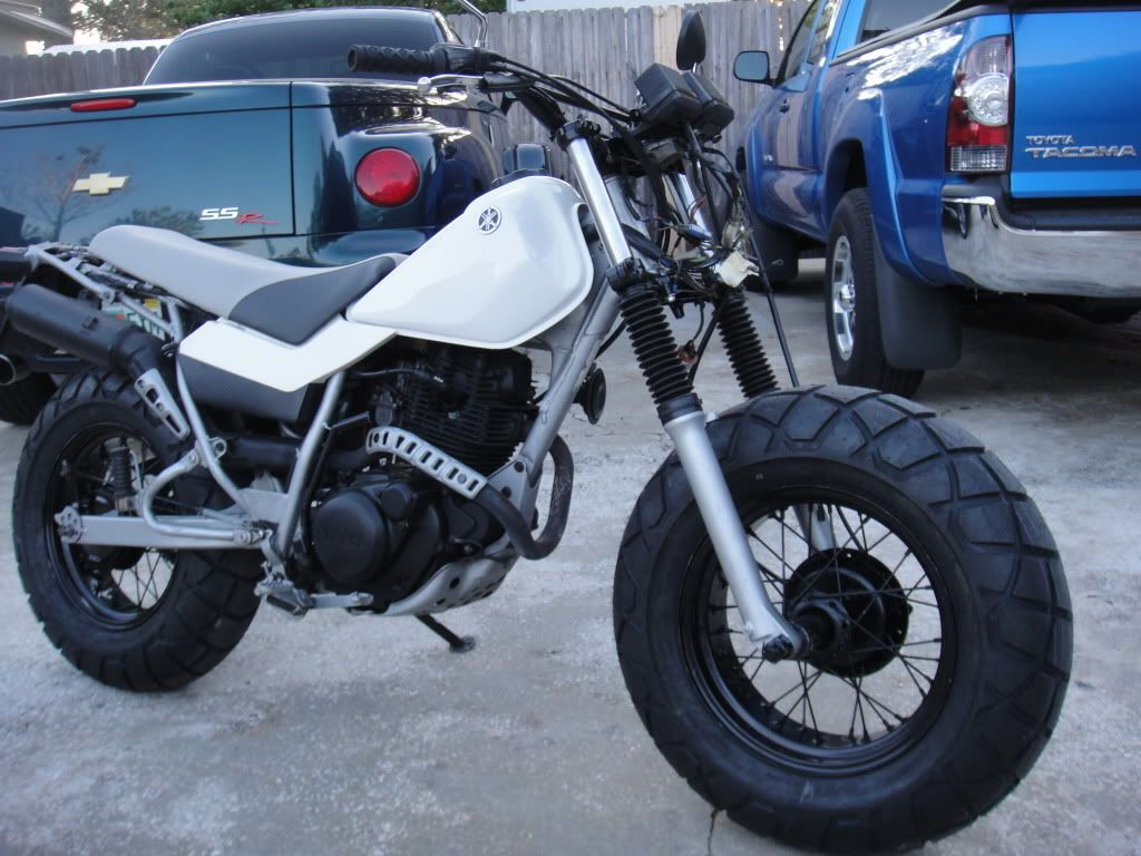 Sweet Tw200 With Wide Front Tire Moto Yamaha Tw200 Enduro