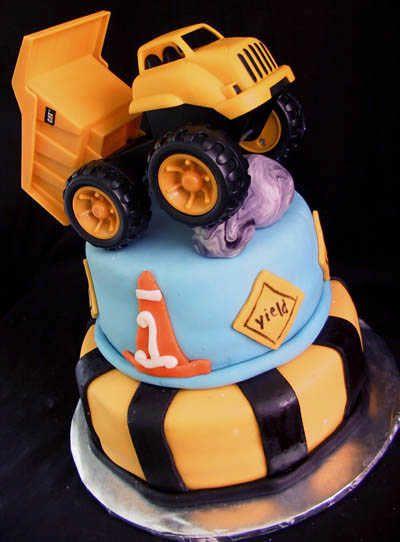 construction baby shower cakes constructioncake Cake
