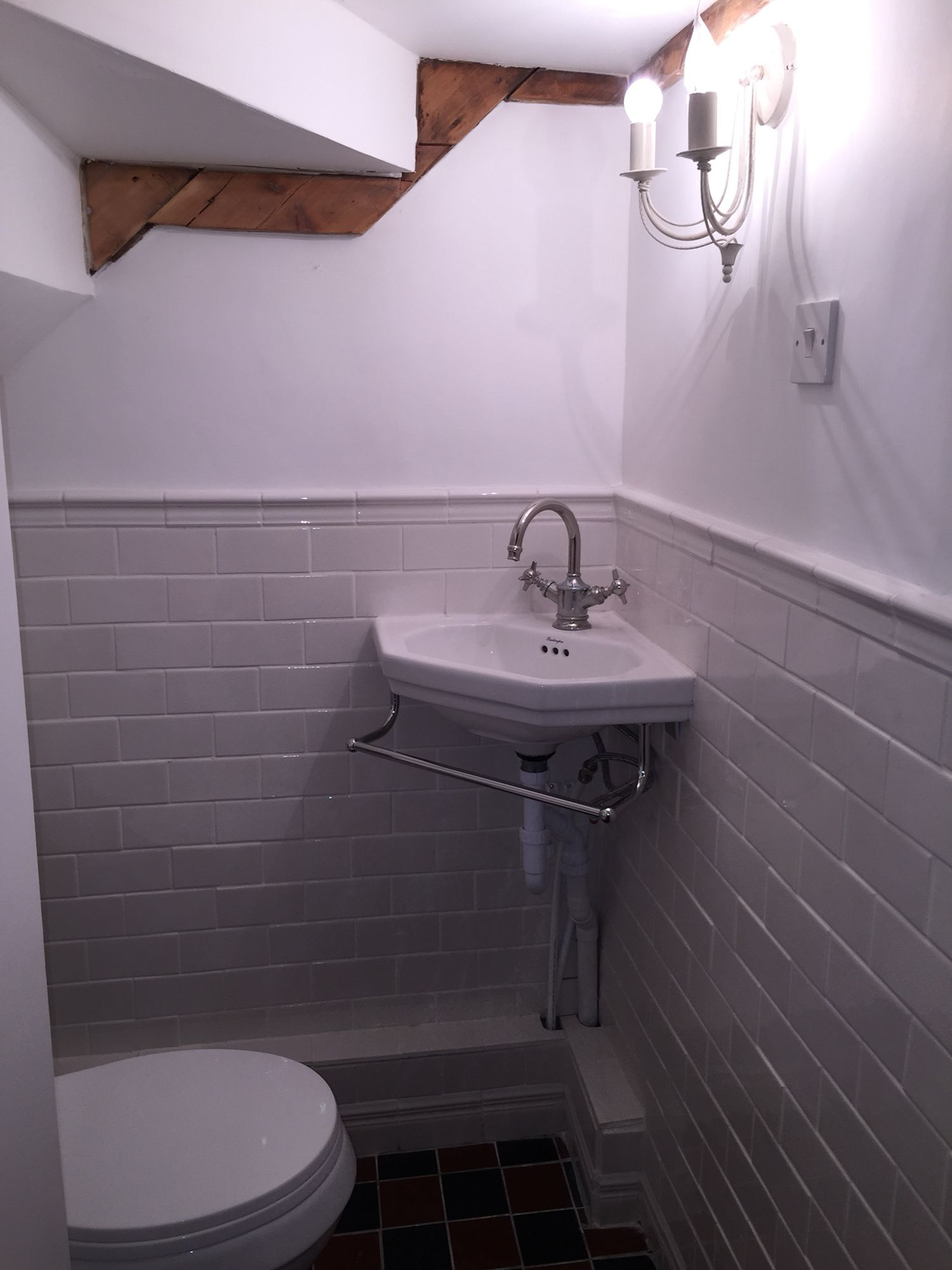 Small under stairs toilet newly built with victorian style for Bathroom design under stairs