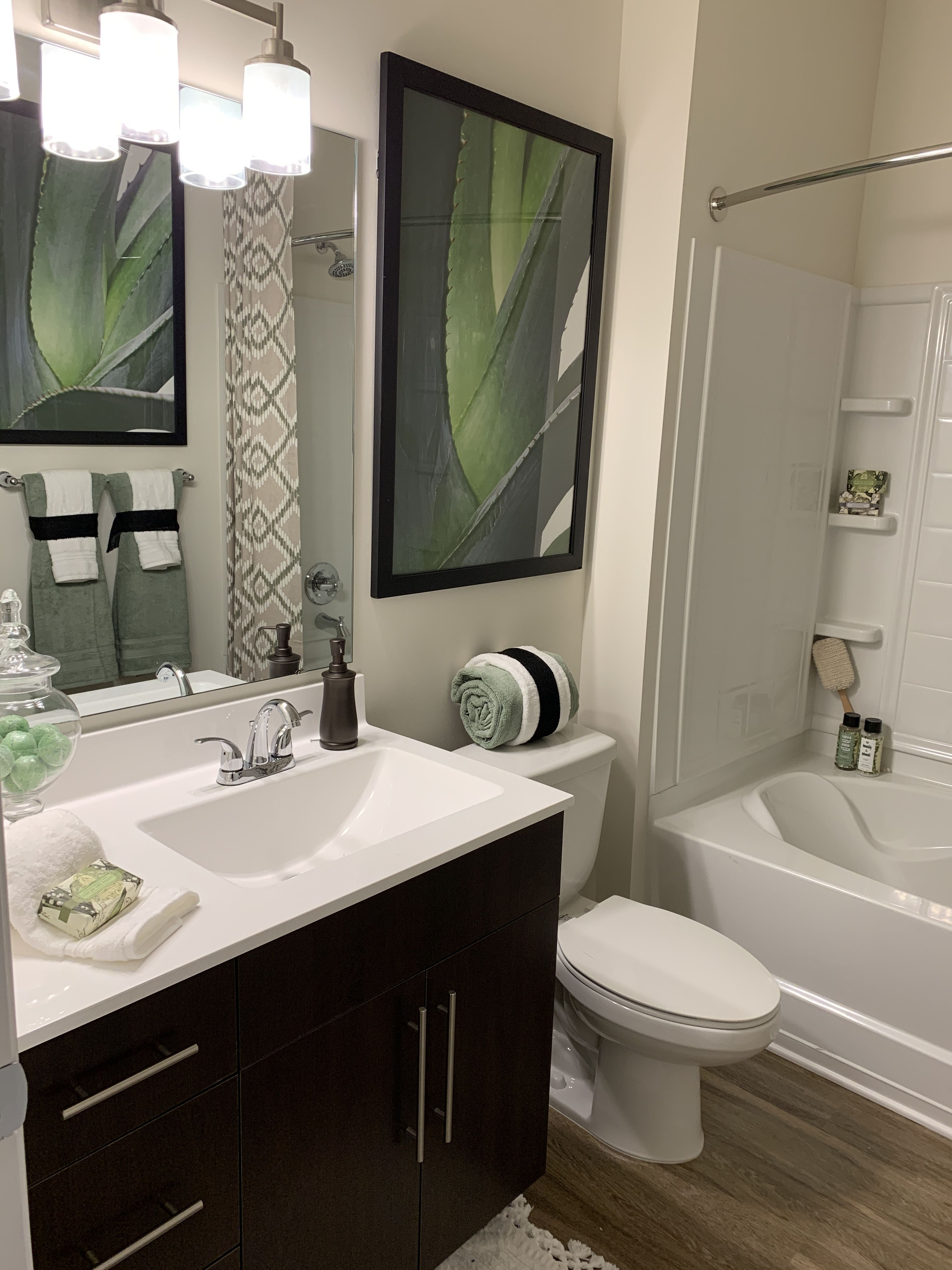 Pleasing Clairmont At Harbour View Station Suffolk Va Our 1 2 Interior Design Ideas Apansoteloinfo