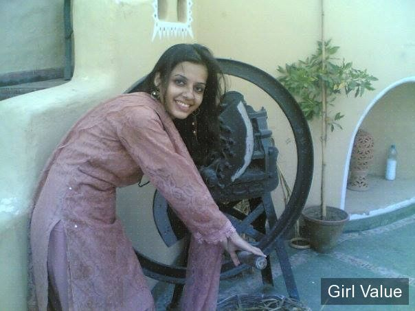 desi indian girl in shalwar kameez salwar