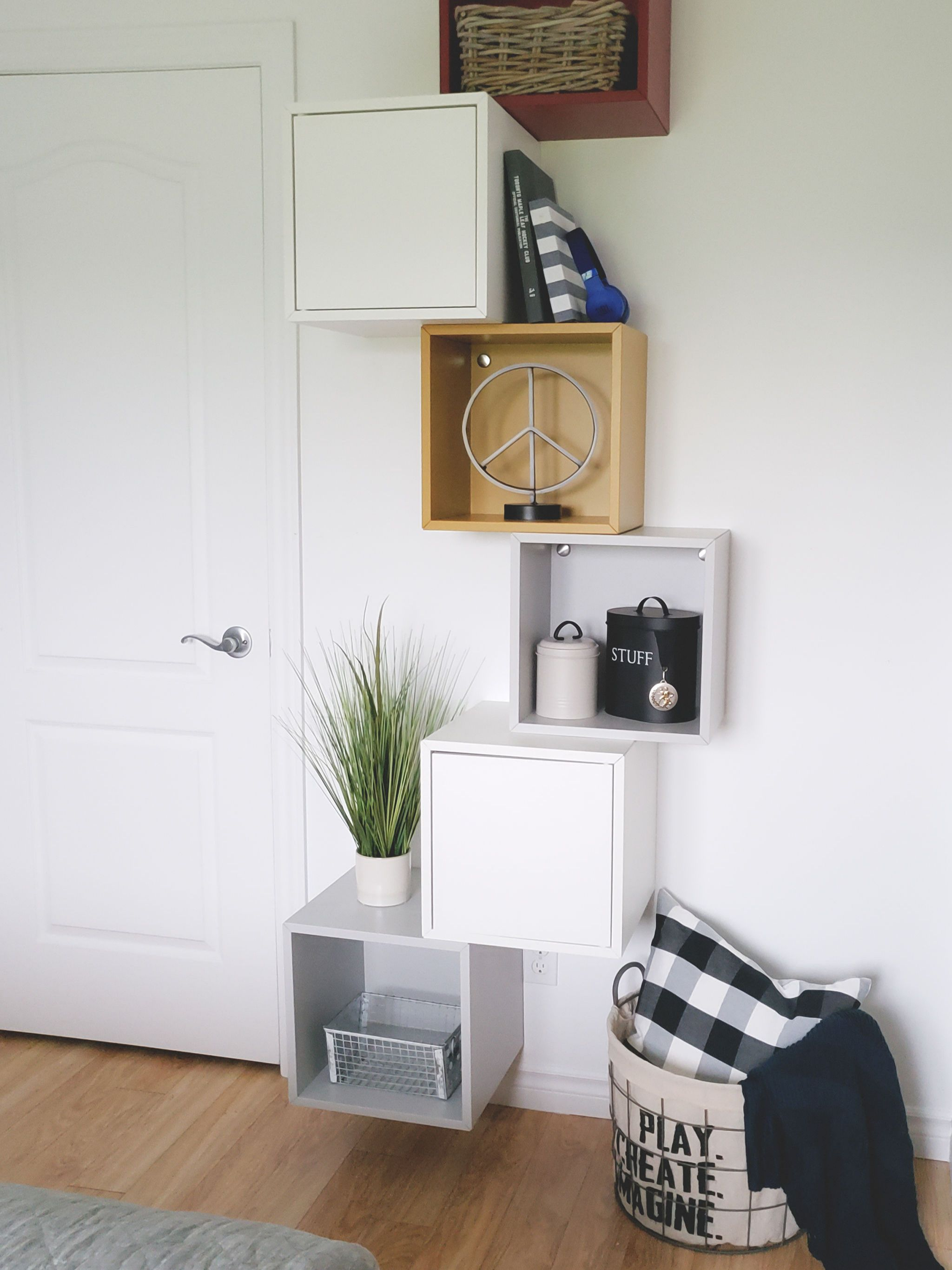 IKEA Hack: wie du ein edles DIY Wandregal im Marmorlook