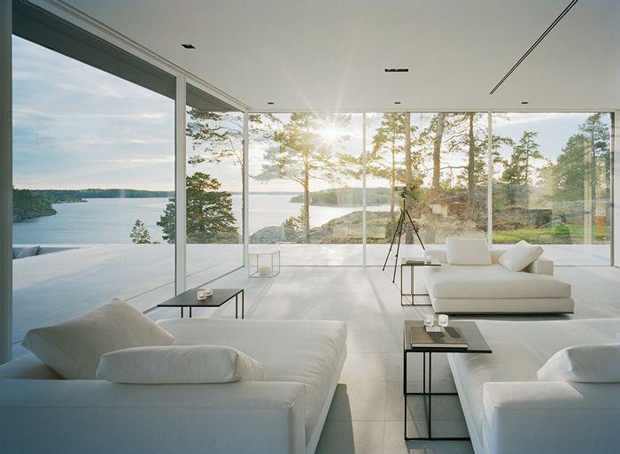 Spectacular minimal summer house in stockholm