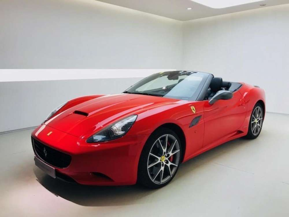 2010 Ferrari California V8 4 3 Red Color Tags 2010 Ferrari
