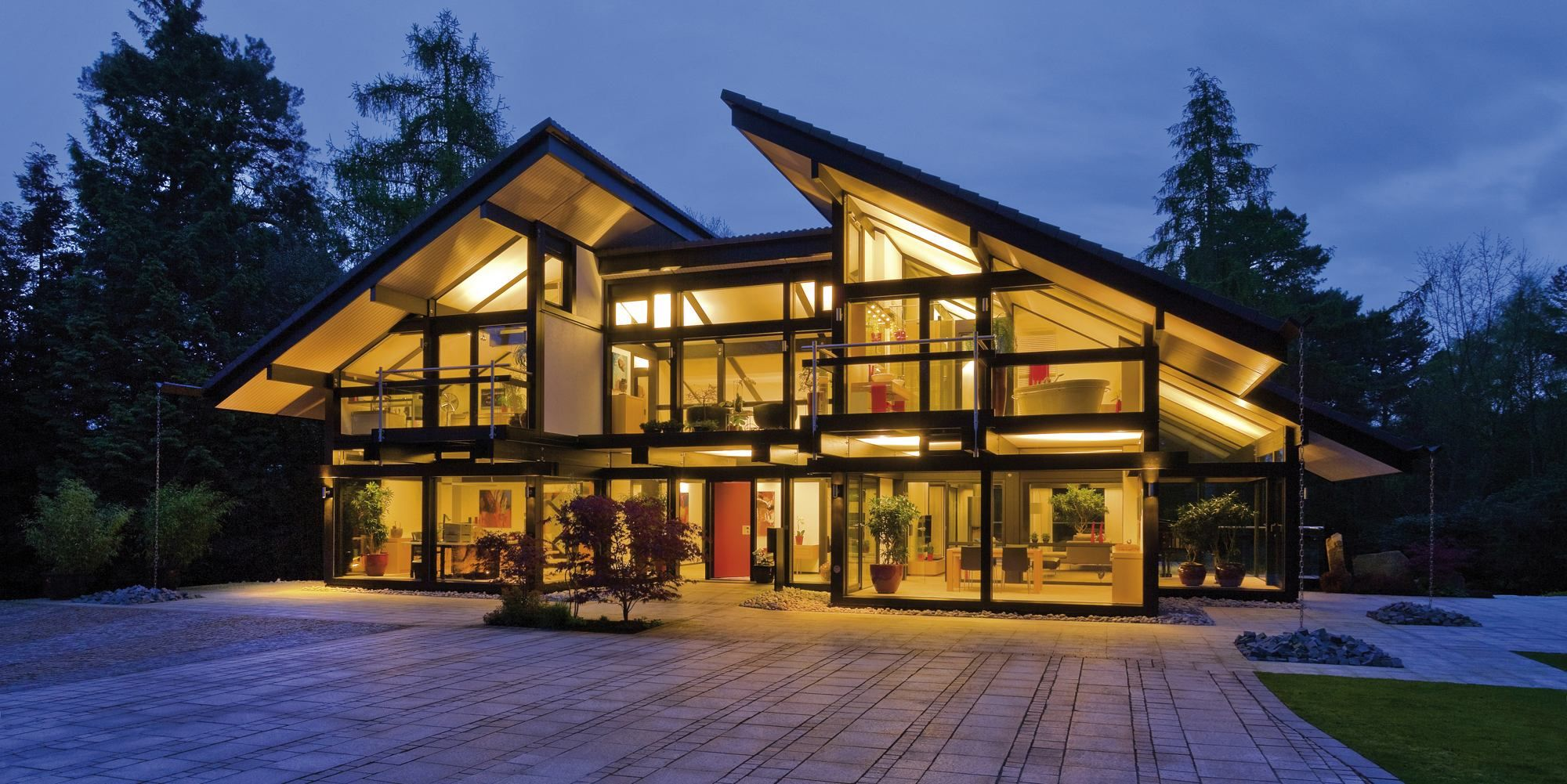 Huf haus luxury pre fab homes combine green design with for Builder magazine house plans