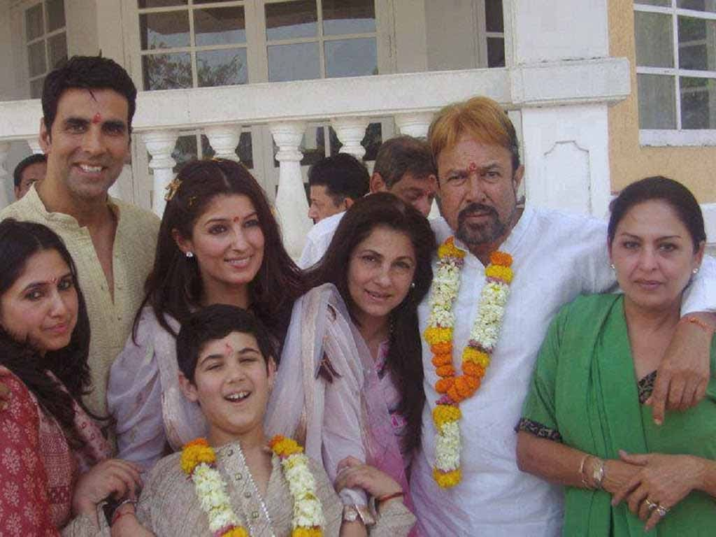 akshay-kumar-family-rajesh-khanna-twinkle-khanna-a