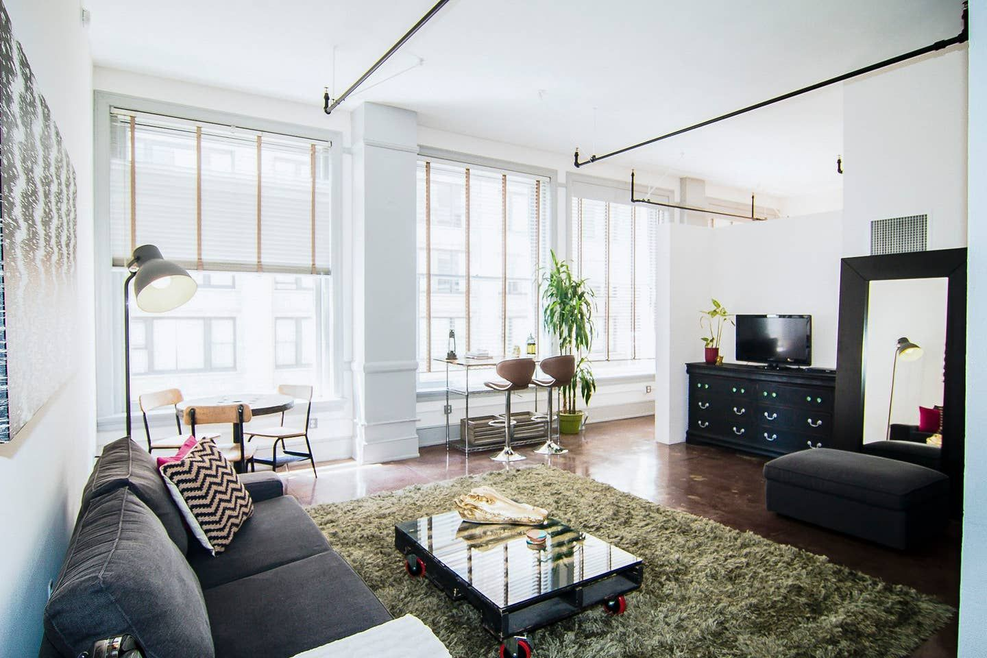Best downtown loft on airbnb lofts for rent home