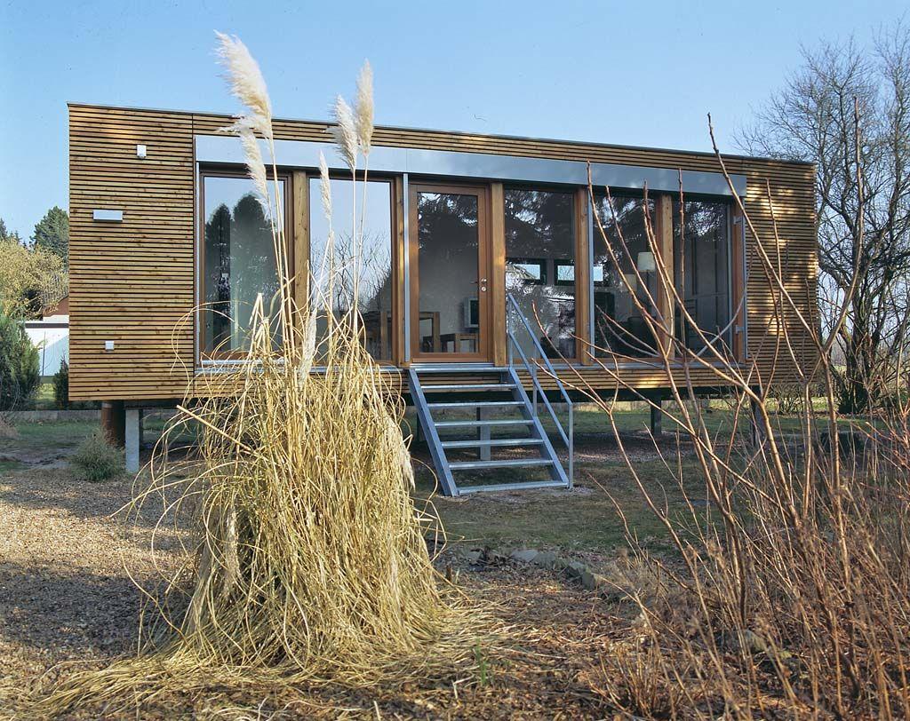 Mini-Häuser: Natürlich wohnen im Holz-Fertighaus - Neubau ...