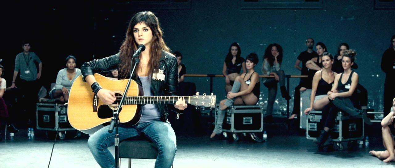 Clara Lago in the film 'Tengo Ganas de Ti' ('I Want You') (2012)