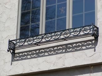 Iron windowbox - pontalba design
