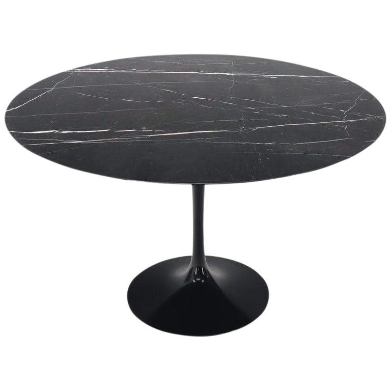 Large Round Black Marble Top Tulip Base Saarinen For Knoll Dining