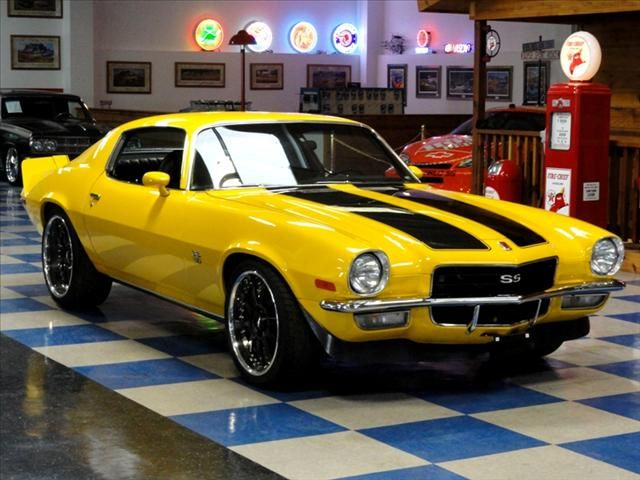 72 Camaro Bumble Bee Camaro Chevy Muscle Cars Classic Cars Muscle