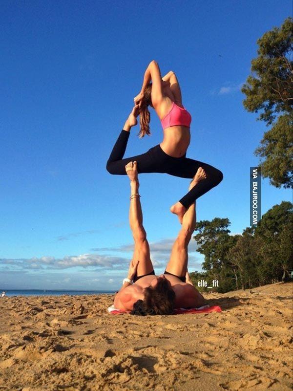 Poses Yoga Easy Partner Girls