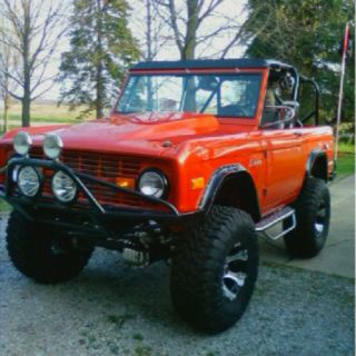 So proud- my Dad rebuilt this Bronco ('73) and it is so awesome! Hoping it's mine one day...