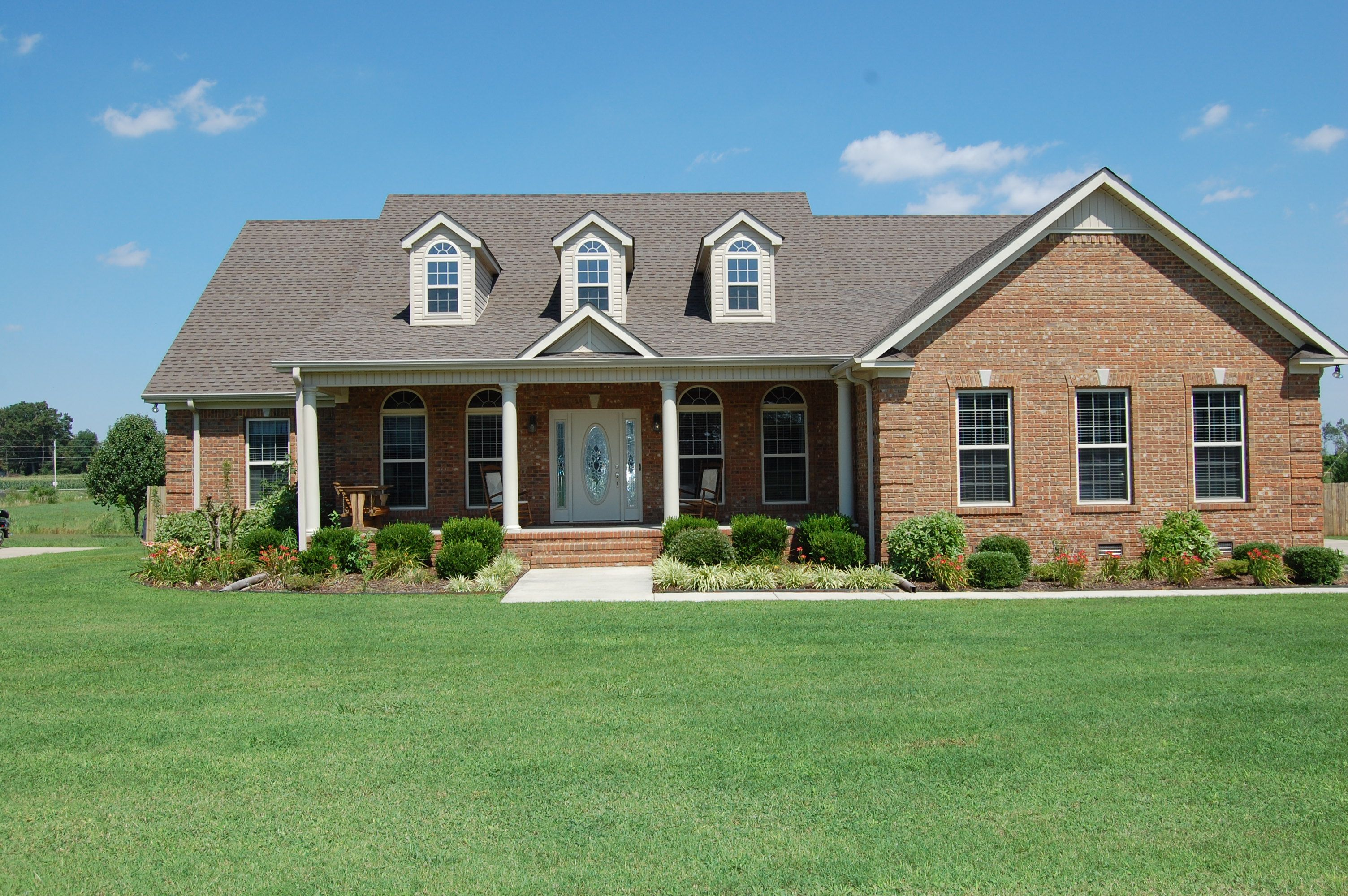 Beautiful Brick Homes Featured Home Beautiful Full Brick Home With Large Back Yard House With Porch House Home