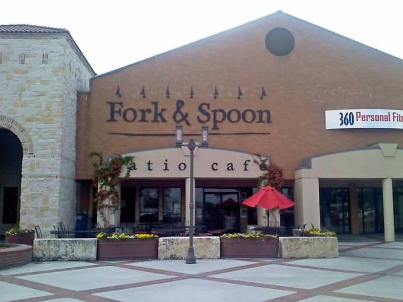 Fork & Spoon Patio Cafe Local 651 N Business IH 35 New