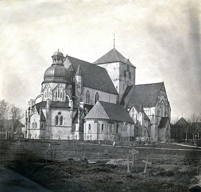 Nidarosdom_1857.jpg (800×767)
