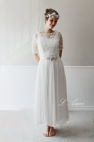 17 Vintage-Style Wedding Dresses That Cost Less Than $500   Vintage ...