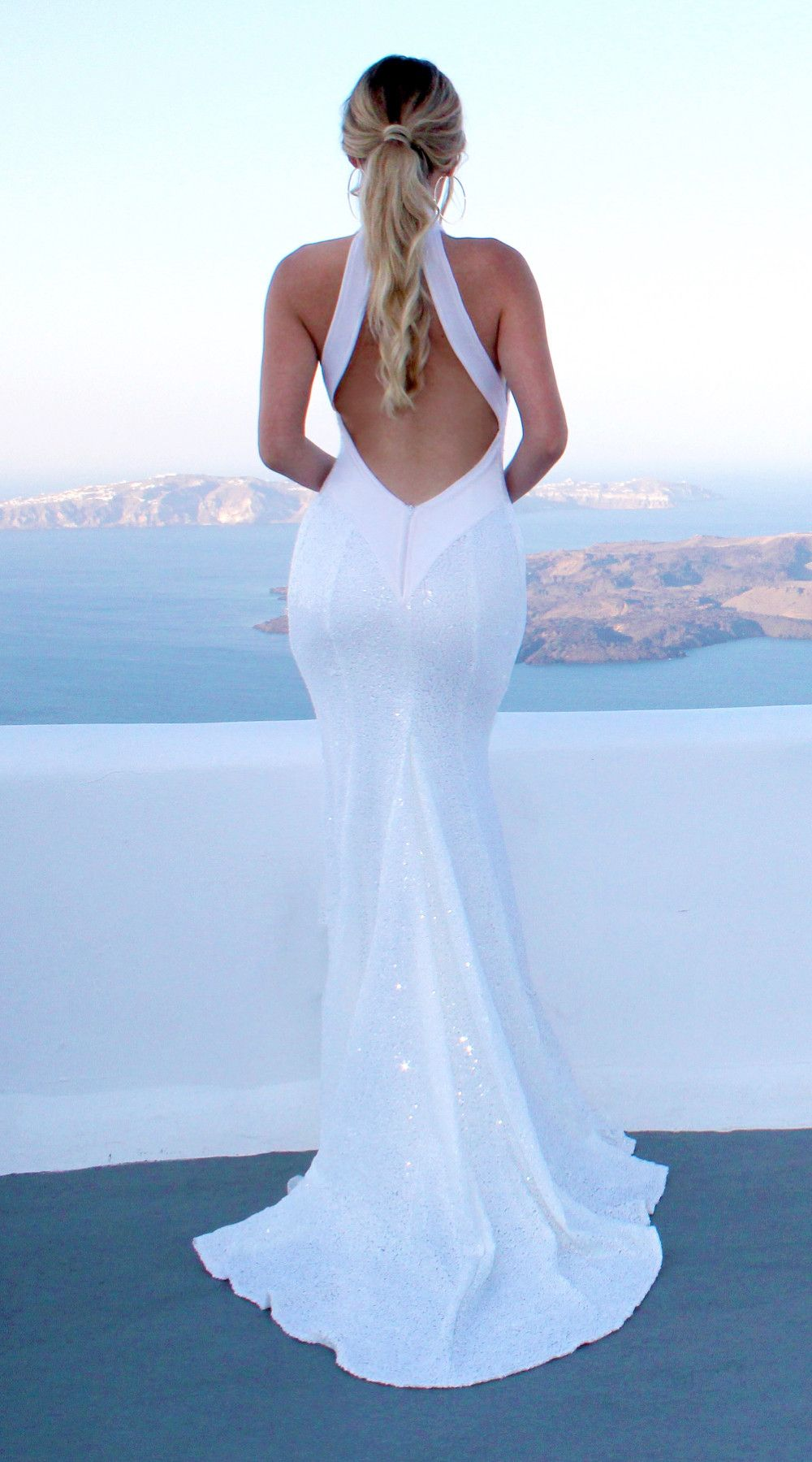 Backless bra for wedding dress  WHITE CHLOE EVENING DRESS BY STUDIO MINC backless sequin  Viaje