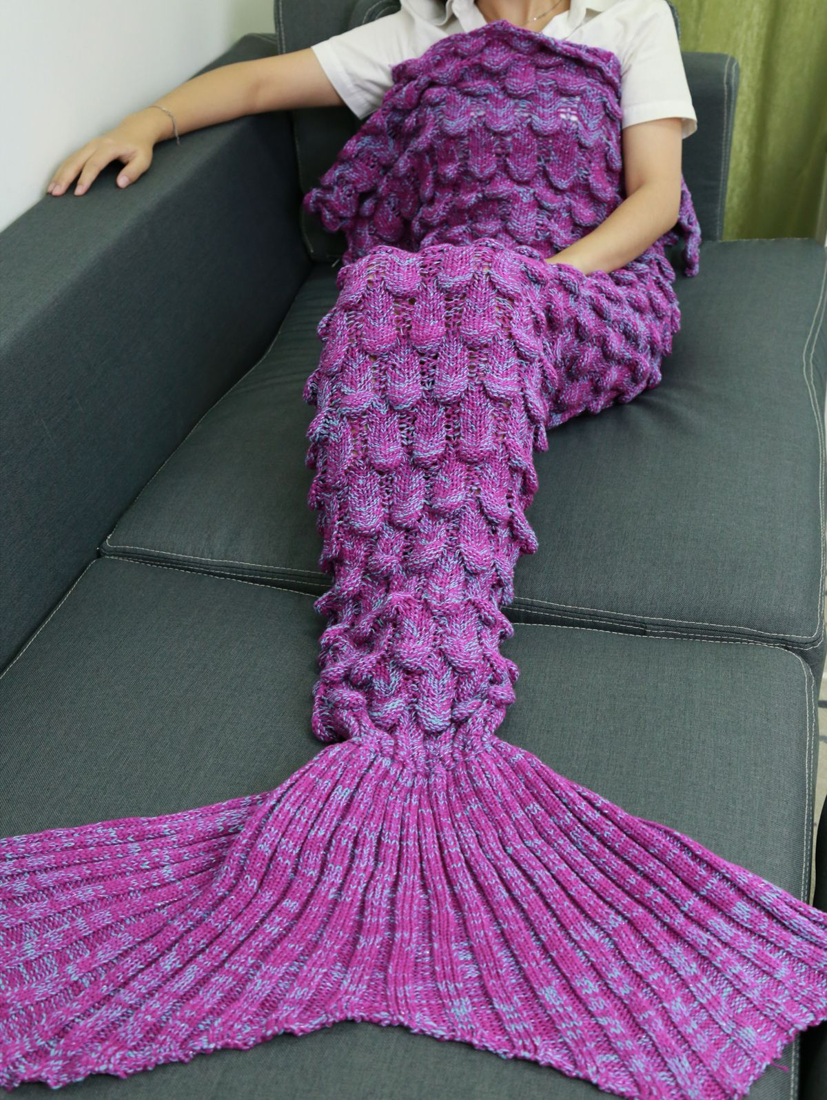 Soft Knitting Fish Scales Design Mermaid Tail Style Blanket Crafts