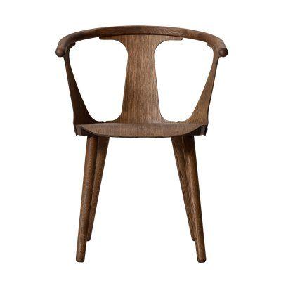 In Between stol, rökt ek från &Tradition – Köp online på Rum21.se