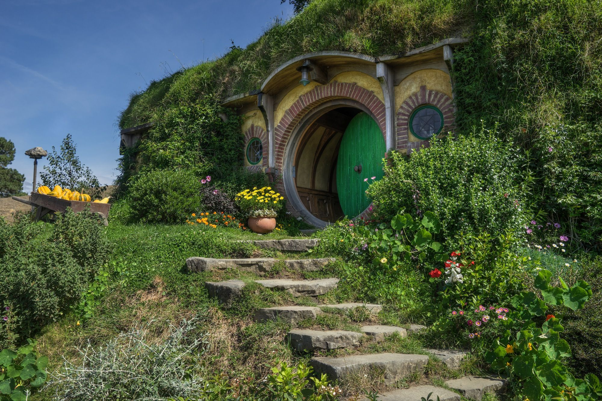 Hobbit Hole House exploring hobbiton and the shire home of frodo baggins hobbit hole