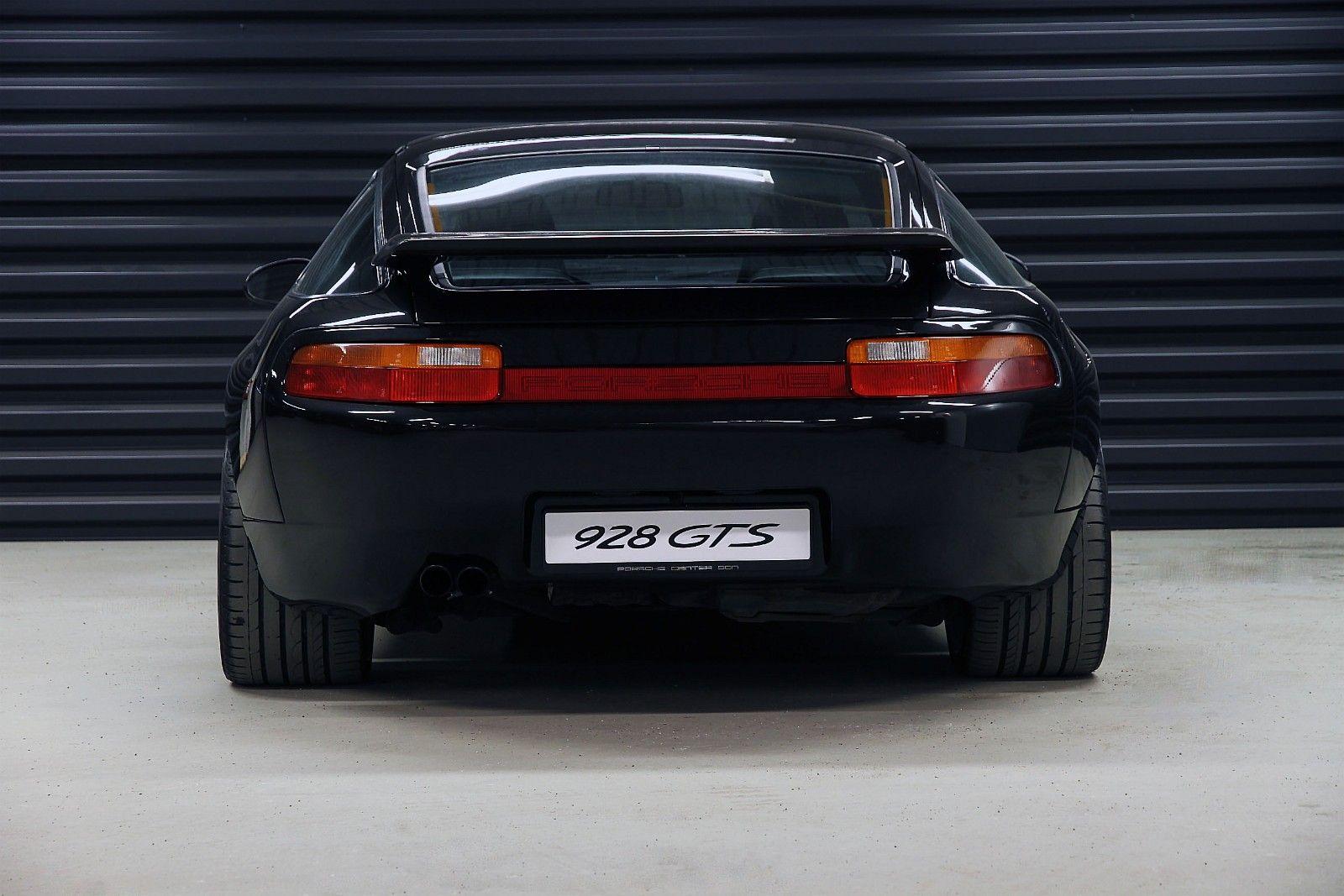 FINN – Porsche 928 GTS. Manuelt gir. 1 av 300 prod. 1992, 214500 km, kr 490000,-