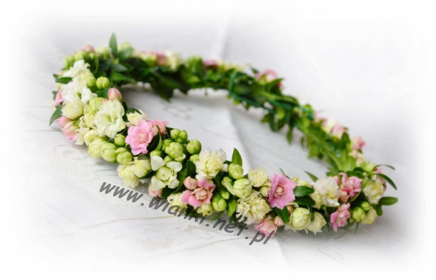 Wianki Komunijne Www Wianki Net Pl Flower Crown First Communion Hairstyles Wedding Bouquets