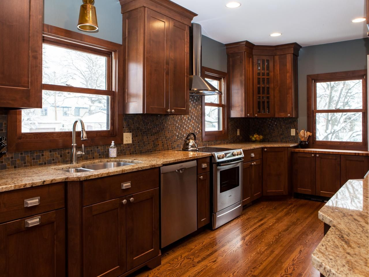 Pictures Of Kitchen Backsplash Ideas From Countertop Hgtv And - How to get hgtv to remodel my kitchen for free