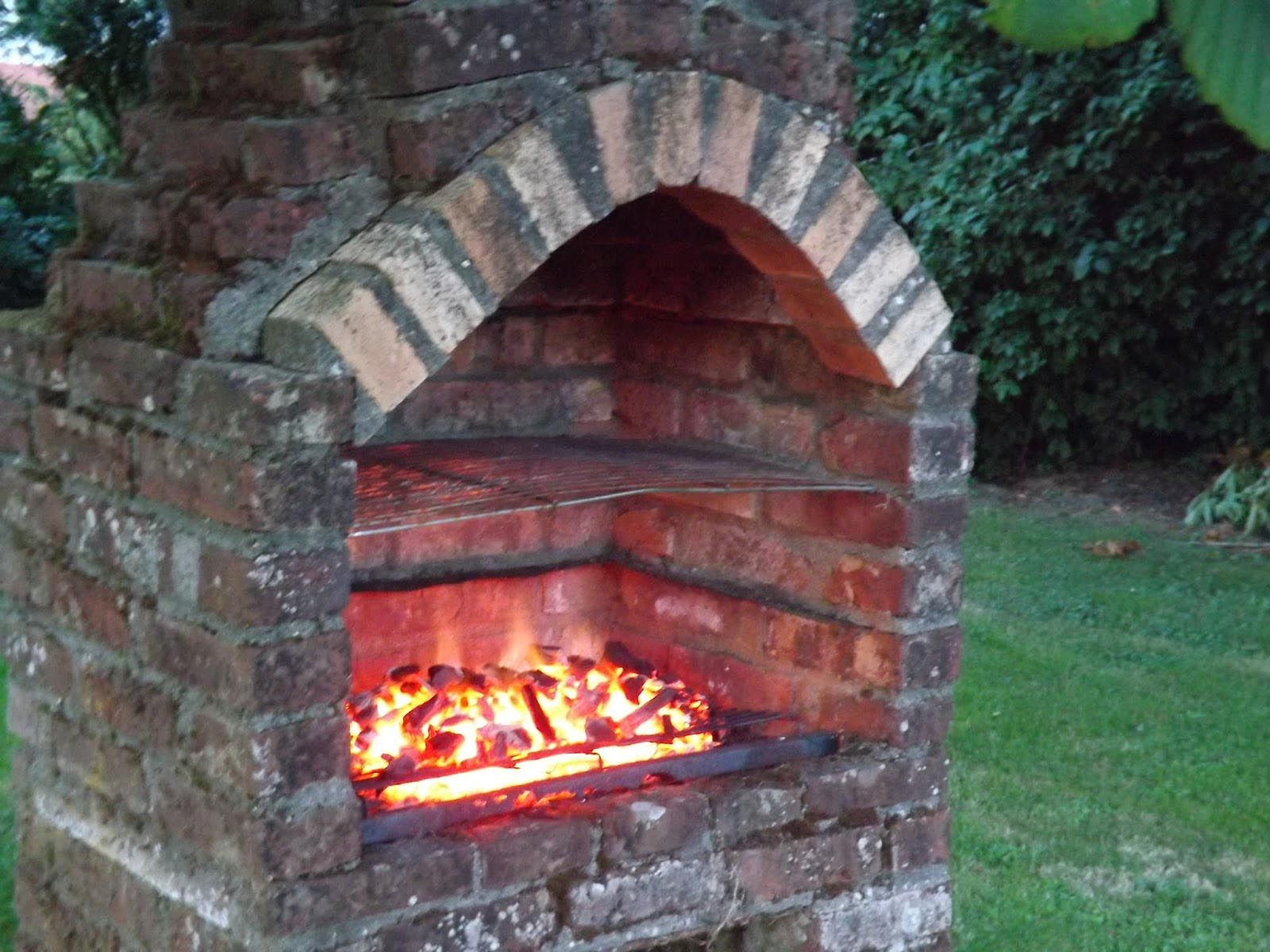 Brick built bbq with chimney plans pinterest for Bbq designs and plans