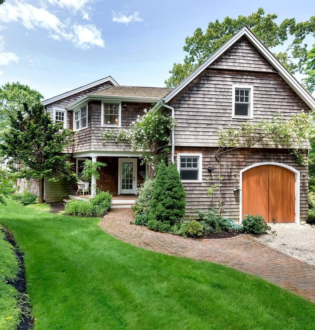 East Hampton Homes: Out East On Instagram: €�The Views Of The Harbor From This