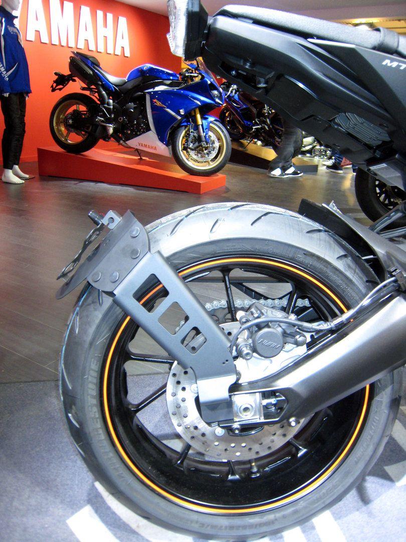 Moto yamaha scrambler cars motorcycles bobber forward mt09 yamaha - R Capitulatif Des Supports De Plaque Pour La Yamaha Mt 09