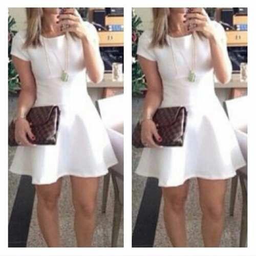 20def481bd Vestido Feminino Neoprene Rodado Curto Cintura Princesa - R  49