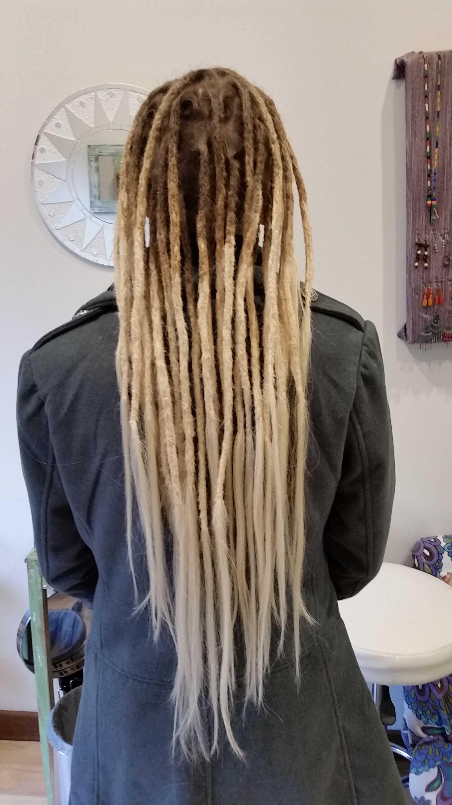 Dreadlock Extensions Create The Most Dramatic Changes For People And Always Involve Challenging Enjoyable How To Make Dreads Dreadlock Extensions Faux Locks