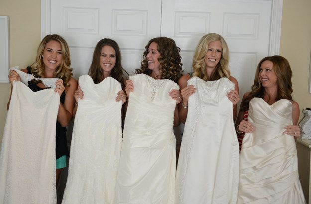 It costs a lot of money to pay for one wedding, let alone five. | These Five Sisters Did A Photo Shoot To Thank Their Parents For Paying For All Of Their Weddings